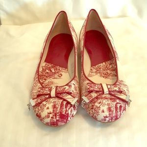Stunning French toile patterned Dior flats in Red